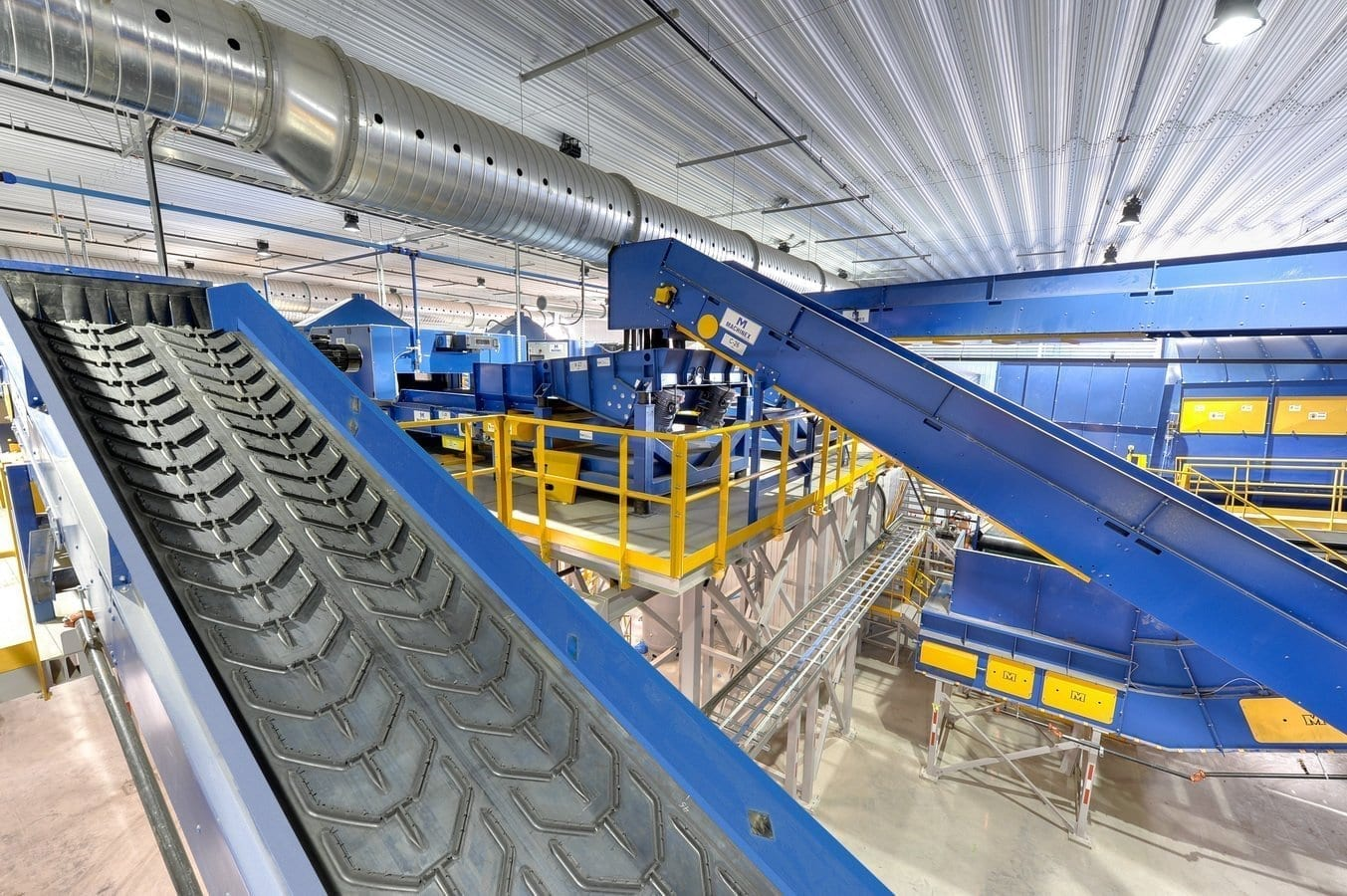 Waste and recycling facilities conveyors - MRF conveyor